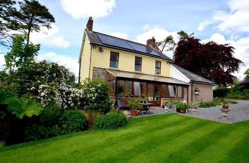 Snaptrip - Last minute cottages - Cosy Llandovery Cottage S41136 - WAW314 - Exterior View 1