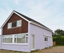 Snaptrip - Last minute cottages - Exquisite Ryde And Seaview Cottage S41143 -