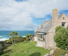 Snaptrip - Last minute cottages - Quaint Sennen Cottage S41180 -