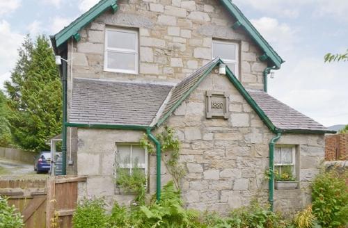 Snaptrip - Last minute cottages - Excellent Pitlochry Apartment S41276 -