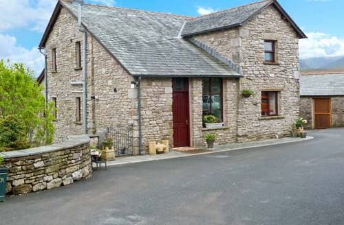 Snaptrip - Last minute cottages - Cosy Newbiggin On Lune Cottage S4223 -