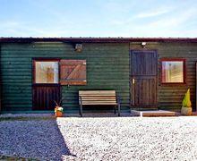 Snaptrip - Last minute cottages - Inviting Kington Cottage S41351 -
