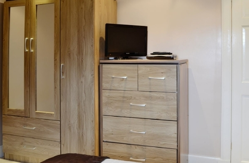 Snaptrip - Last minute cottages - Delightful All Isle Of Bute Apartment S41417 -