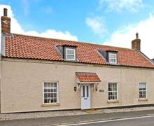 Snaptrip - Last minute cottages - Excellent Hornsea Farm S4244 -