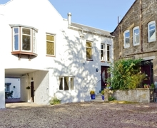 Snaptrip - Last minute cottages - Stunning Ayr Cottage S42043 -