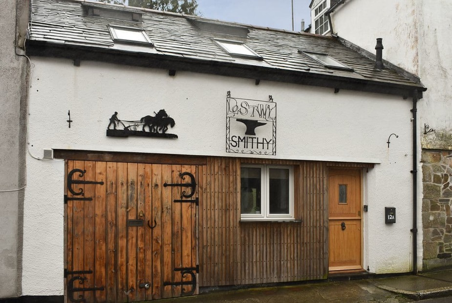 The Smithy Quirky former smithy lovingly converted to a wonderful holiday home | The Smithy, Lostwithiel
