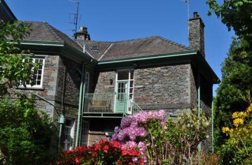 Snaptrip - Last minute cottages - Luxury Ambleside Rental S520 - Wetherlam, self catering Apartment, Ambleside, Sleeping 4,Lakes Cottage Holidays