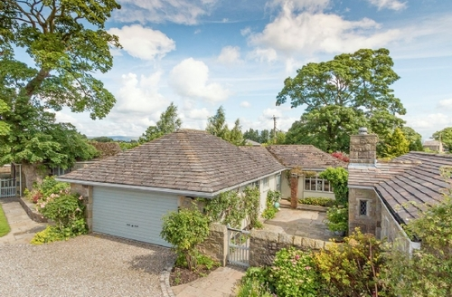 Snaptrip - Last minute cottages - Luxury Clitheroe And The Ribble Valley Cottage S42430 -