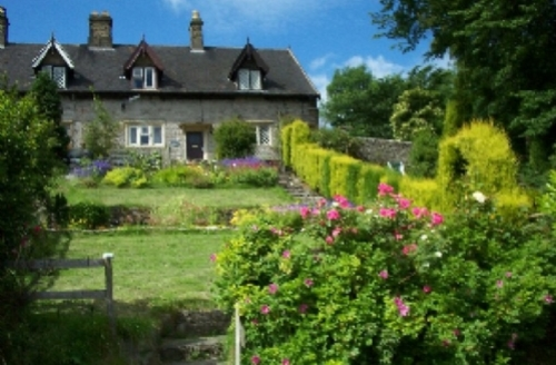 Snaptrip - Last minute cottages - Luxury Buxton Cottage S522 -