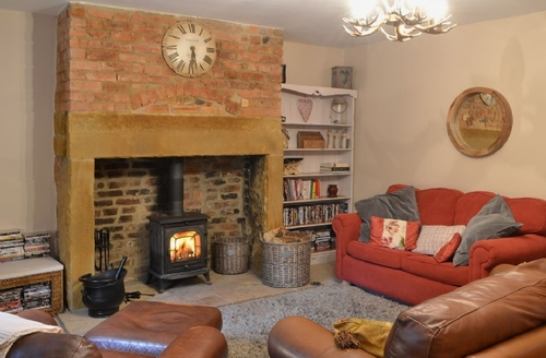 Snaptrip - Last minute cottages - Delightful Morpeth Cottage S42582 -