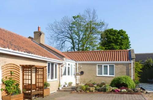 Snaptrip - Last minute cottages - Charming Morpeth Cottage S4364 -