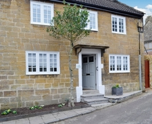 Snaptrip - Holiday cottages - Adorable Yeovil Cottage S42615 -