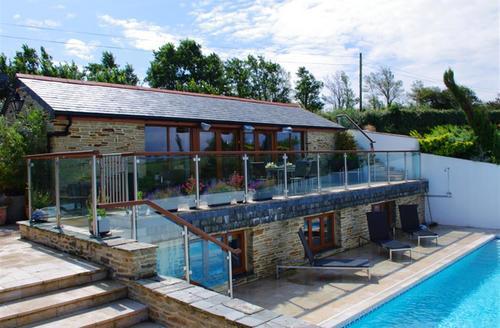Snaptrip - Last minute cottages - Beautiful Little Petherick Cottage S42688 - External