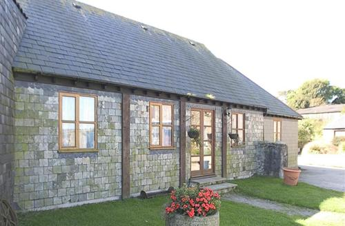 Snaptrip - Last minute cottages - Exquisite Looe Cottage S42889 - External - View 1