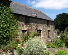 Snaptrip - Last minute cottages - Tasteful Looe Cottage S42909 - External - View 1