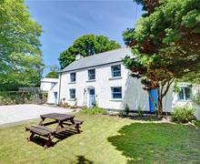 Snaptrip - Last minute cottages - Captivating Truro Cottage S42947 - External - View 1