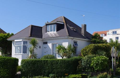 Snaptrip - Last minute cottages - Beautiful Newquay Lodge S42954 - External