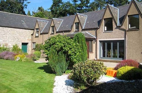Snaptrip - Last minute cottages - Charming Inverness Cottage S43134 -