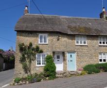 Snaptrip - Last minute cottages - Excellent Burton Bradstock Cottage S43196 - DSC_0174