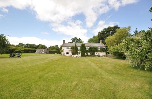 Snaptrip - Last minute cottages - Beautiful Axminster Cottage S43194 - Millwater