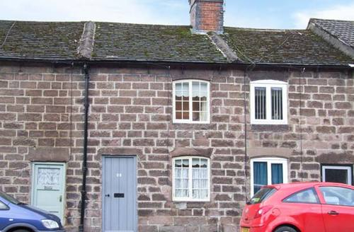 Snaptrip - Last minute cottages - Cosy Cromford Cottage S4446 -