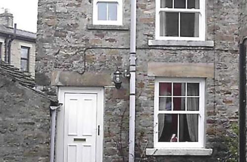 Snaptrip - Last minute cottages - Tasteful Middleton In Teesdale Rental S12941 - WillowCottage
