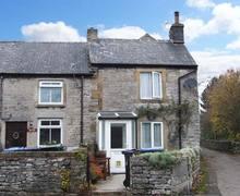 Snaptrip - Last minute cottages - Superb Bradwell Cottage S4479 -