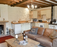 Snaptrip - Last minute cottages - Charming Tregaron And The Cambrian Mountains Cottage S43488 -