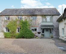 Snaptrip - Holiday cottages - Cosy Newton Abbot Cottage S43591 -