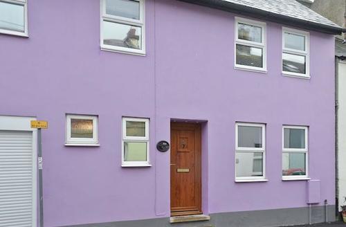 Snaptrip - Last minute cottages - Quaint Deal Cottage S43615 -
