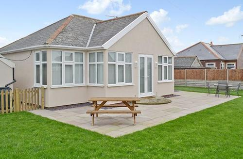 Snaptrip - Last minute cottages - Lovely Happisburgh Cottage S43634 -
