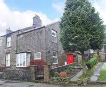 Snaptrip - Last minute cottages - Stunning High Peak Rental S4506 -