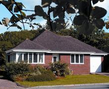 Snaptrip - Last minute cottages - Excellent Kilgetty Cottage S43772 - Begelly bungalow sleep 4