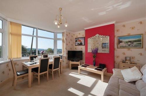 Snaptrip - Last minute cottages - Stunning Torquay Cottage S43870 - Self catering holiday accommodation Devon with wi-