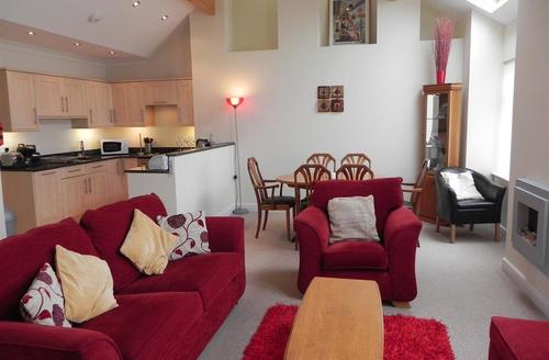 Snaptrip - Last minute cottages - Exquisite St Ives Carbis Bay Lelant Apartment S43890 - Barn conversion holiday let sleeps 4
