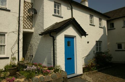 Snaptrip - Last minute cottages - Splendid Hawkshead Cottage S44045 - Kings Yard is only a short stroll from the centre of the village.