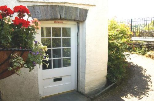 Snaptrip - Last minute cottages - Adorable Hawkshead Cottage S44048 - Barn End - tucked away in a quiet area known as Field Head