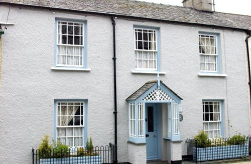 Snaptrip - Last minute cottages - Beautiful Hawkshead Cottage S44050 - Barn Syke is a delightful 18th century Grade II listed building on the edge of Hawkshead