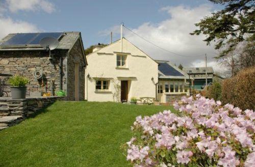 Snaptrip - Last minute cottages - Lovely Hawkshead Cottage S44053 -