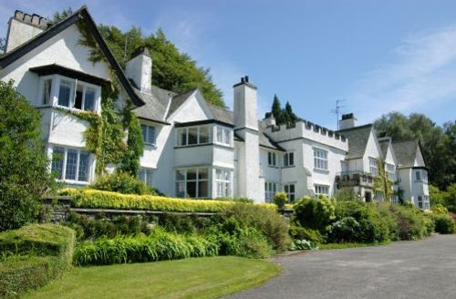 Snaptrip - Last minute cottages - Captivating Near Sawrey Cottage S44056 - Broomriggs 11 is a lovely light first floor corner apartment