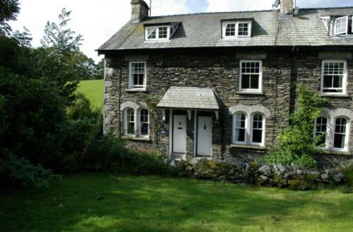 Snaptrip - Last minute cottages - Splendid Far Sawrey Cottage S44057 - Brook End is a beautiful, traditional Lakeland terraced Cottage that is set in the pretty hamlet of Far Sawrey