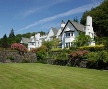 Snaptrip - Last minute cottages - Lovely Near Sawrey Cottage S44062 - Broomriggs apartments form part of a stunning conversion of a quintessential English country estate house