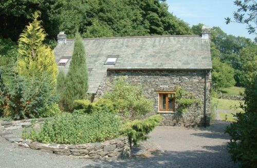 Snaptrip - Last minute cottages - Wonderful Far Sawrey Cottage S44094 -