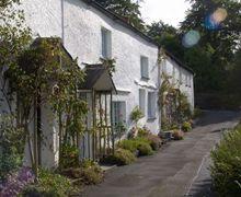 Snaptrip - Last minute cottages - Wonderful Outgate Cottage S44092 -