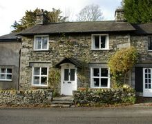 Snaptrip - Last minute cottages - Delightful Near Sawrey Cottage S44099 -