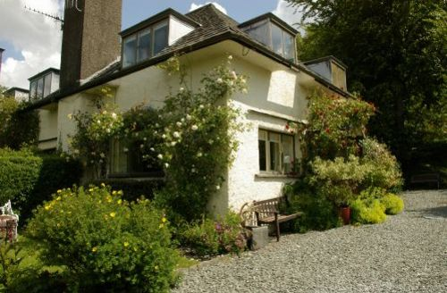 Snaptrip - Last minute cottages - Stunning Near Sawrey Cottage S44101 - This is a traditional arts and crafts cottage in the village of Near Sawrey.