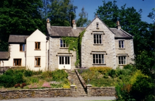 Snaptrip - Last minute cottages - Charming Grange Over Sands House S537 - Danes Court House, self catering, Cartmel Fell, Lakes Cottage Holidays
