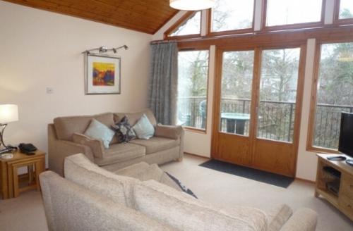 Snaptrip - Last minute cottages - Adorable 2 Bedroom Lodge S44723 -