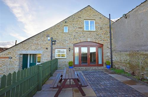 Snaptrip - Last minute cottages - Cosy High Tatham Cottage S45051 - Winter Exterior