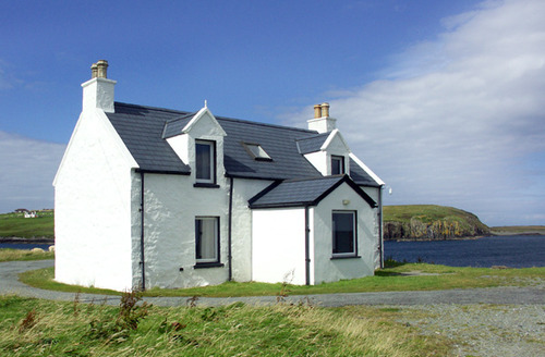 Snaptrip - Last minute cottages - Inviting Portree Balmaquein S4656 -